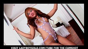 Young sex ladyboy Skinny ladyboy torturing her ass
