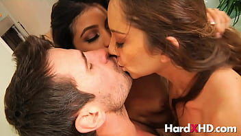 Rough FFM with Remy LaCroix and Veronica Rodriguez