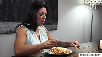 Daughter seduce stepdad in front of mom