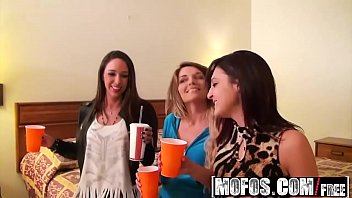 Teen road party Mofos - real slut party - horny highway road head starring mckenzie and nikki chase and layla luxx
