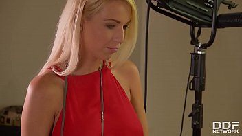 New face Briana Bounce rides photographer's big dick with Karo Lilien