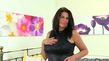 American milf gemma needs orgasmic pleasure