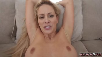 Blonde milf gets it by comrade and amateur bdsm first time Cherie