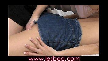 Lesbea Teen girl tongue fucks mature woman to intense orgasm