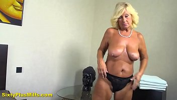 Pretty mature lady massaged and fucked