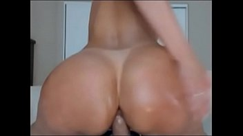 Big tits anal milf-gain 3$ per minute working from home on lavorainwebcam.com