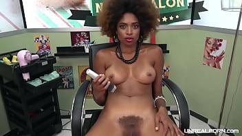 UNREAL PORN   Hairdresser