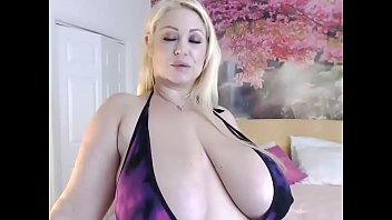 Samantha 38g big tit - Gorgeous bbw on cam -