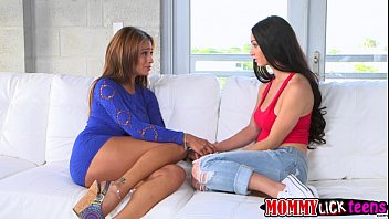 Cyrstals sweet teen pussy gets licked by her mom Jamie