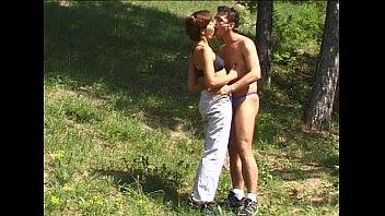 Joggerin Im Wald Gefickt - Public Sex