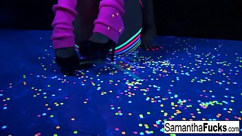 Samantha Saint gets off in this super hot black light solo