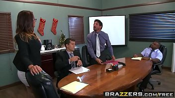 Brazzers - Dicke Titten bei der Arbeit - (Tory Lane, Ramon Rico, Starker Tommy Gunn)