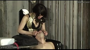 Japanese femdom Aiaoi makes her drink spit
