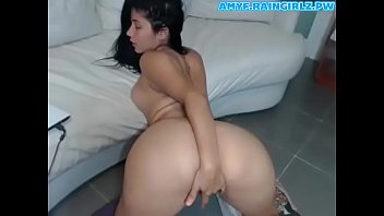 Hot Latina Ohmibod Anal