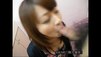 【個人撮影】スタイルがいい美人人妻がトイレで円光フェラチオしちゃう