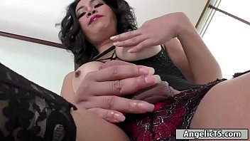 Big tits Thai ts Maple sucked off and is barebacking a guy