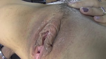 SUPER HOT PUSSY EATING WITH A REAL SLOPPY PUSSY ORGASM!