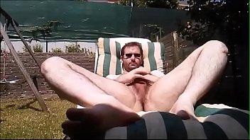 Hairy sunbathers Bain de soleil 1