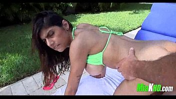 Mia Khalifa poolside fuck 4 indian mia-khalifa