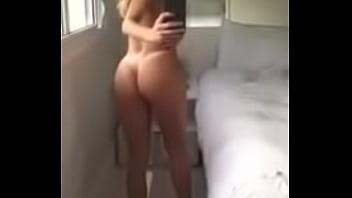 Morena no Espelho pornhub video