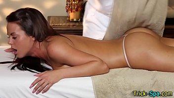 Hottie booty rubbed down