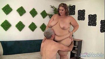 Beautiful SSBBW Pornstar With A Big Fat Ass