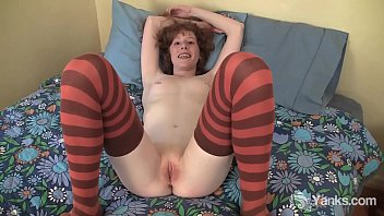 Skinny Yanks Redhead Staci Fisting Her Pussy