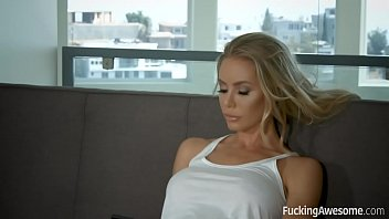 Anniston pic pussy - Horny nicole aniston gets fucked by a policeman