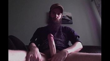 Gay boys with beards blog - Barbudo gozando na cam