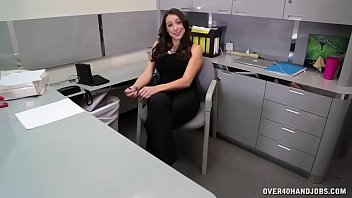 POV Hot Milf Reveals Her Secret To Look Young