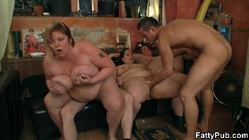Super huge tits bbw party sex pornhub video