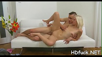 Juicy amateur lady enjoys unfathomable twat fucking from behind