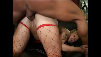 Short haired blond Ravin gets her butt filled with dick & facial