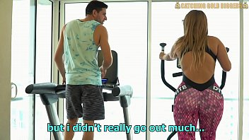 Venezuelan Big Booty Gold Digger Gets Fucked After A Workout thumbnail