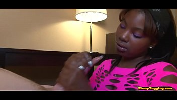 Seductive ebony gives amazing handjob