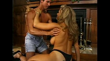 Free kim karasian sex video Metro - voluptouos - scene 1