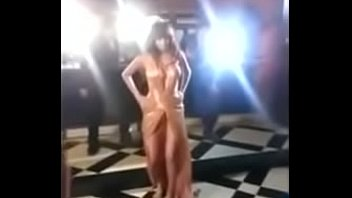 Anushka sharma boobs out full open boobs. Oops