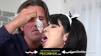 Naughty Maid Takes Golden Showers Vorschaubild