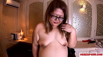 Super fat Japanese shows chubby body and big ass. 51 years old Asian mama talks about her sex experience. BBW MILF Shizuku 1 OSAKAPORN