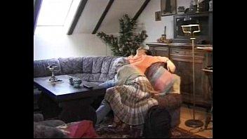 Granny German Lady Sucks Grandson Caught Jacking Off Vorschaubild
