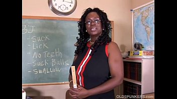 Saggy old tits fucked - Sexy mature black teacher fucks her juicy pussy for you
