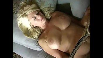 blonde masturbate with magazine