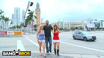 BANGBROS - Carlo Carrera Finds Penelope Tyler & Dayna Vendetta In Downtown Miami