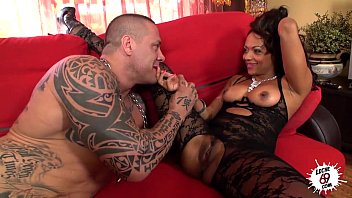 Fucking industrial strength - Leche 69 latin ebony takes it fat and hard