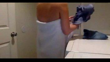 18yo teen shower xhamsterporn.tumblr.com Vorschaubild