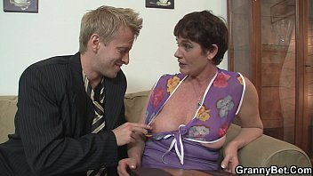 Old mature enjoys riding young meat 6 min