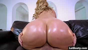 Fat milfs Blonde milf with huge tits and fat ass gets fucked