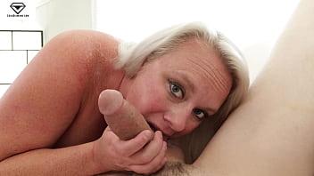 Cameron Skye Huge Tits Stepmom Creampie POV