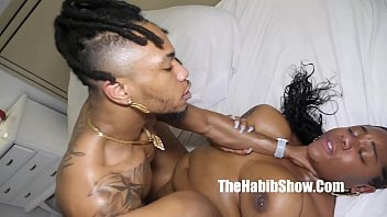 nothing but ass n tits kehlani sweets fucks her first bbc burgandy 15分钟