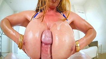 Big tit milf kianna dior gets huge tit fuck